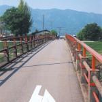 飯島橋と自転車